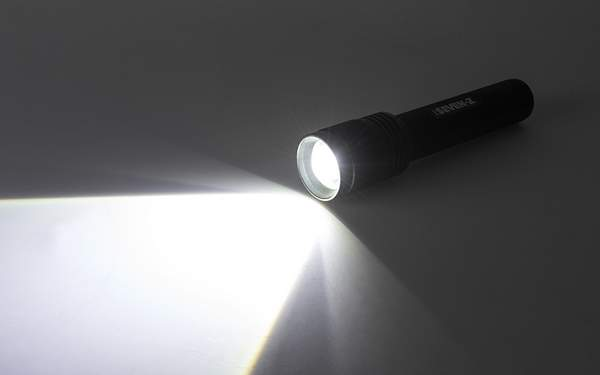 Best LED Torch Lights in India-001